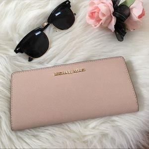 Michale Kors Jet Set Wallet